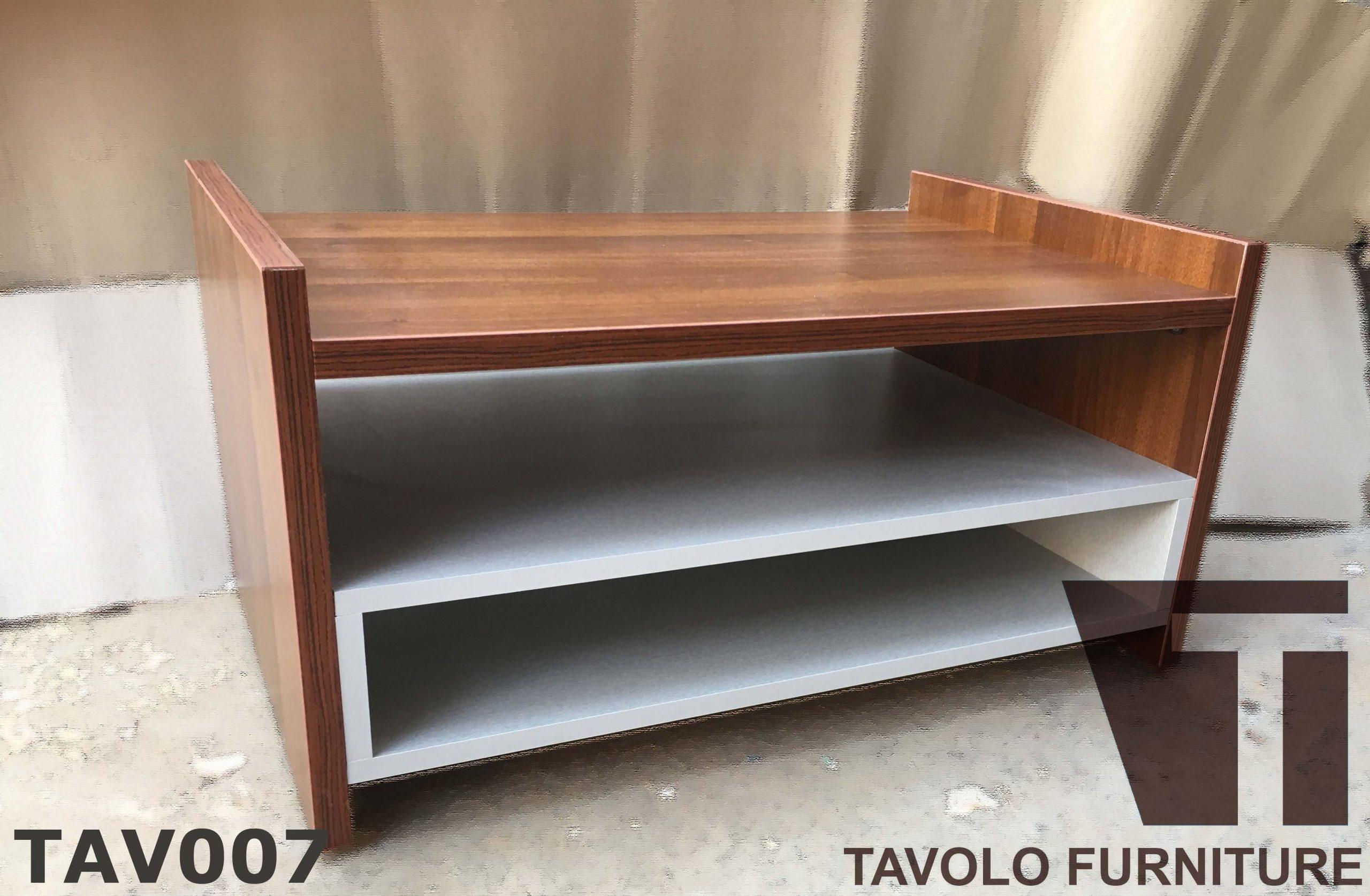 TAV007