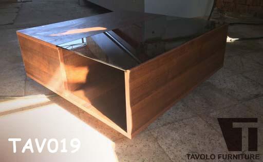 TAV019